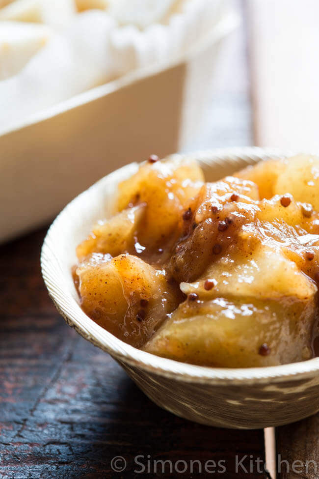 Apple pear chutney with mustard seeds | insimoneskitchen.com