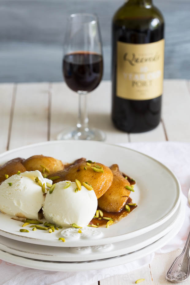 Roasted pears with vanilla icecream | insimoneskitchen.com