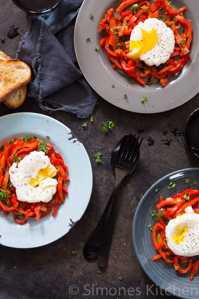 sweet pepper with poached egg insimoneskitchen.com