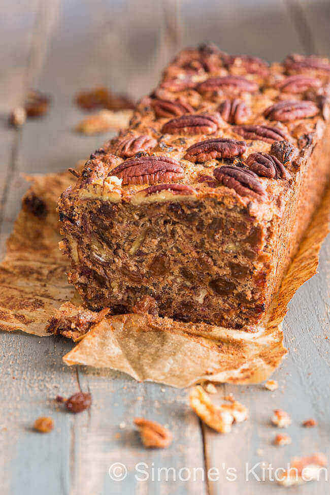 Raisin cake with amaretto and pecans | insimoneskitchen.com