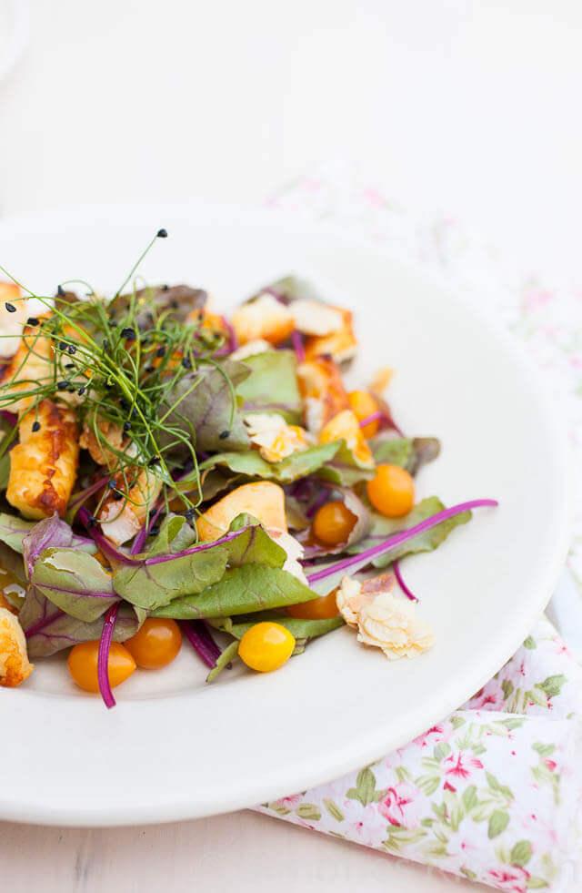 Bietenblad salade met halloumi   simoneskitchen.nl