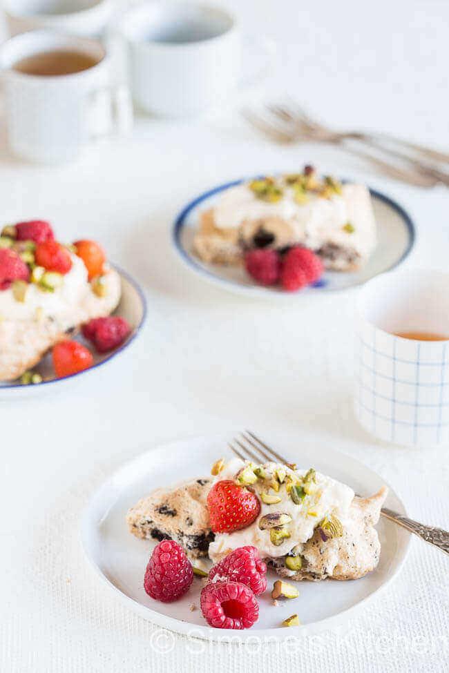 Chocolade meringue taartjes   simoneskitchen.nl