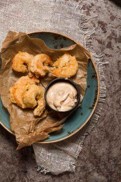 Gefrituurde gamba's met chipotle mayonaise | simoneskitchen.nl