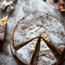 Rabarbercake met pistache nootjes | simoneskitchen.nl
