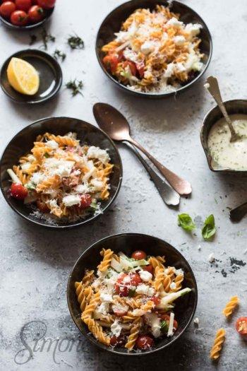Pastasalade met koolrabi en tomaat | simoneskitchen.nl
