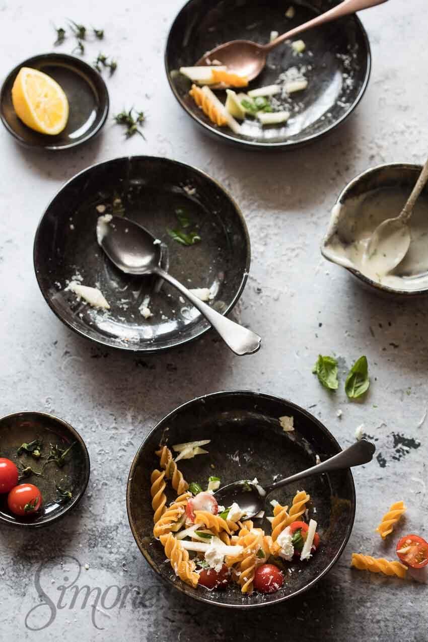 Pastasalade met tomaatjes | simoneskitchen.nl
