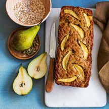 Bananenbrood met peer en kardemom | simoneskitchen.nl