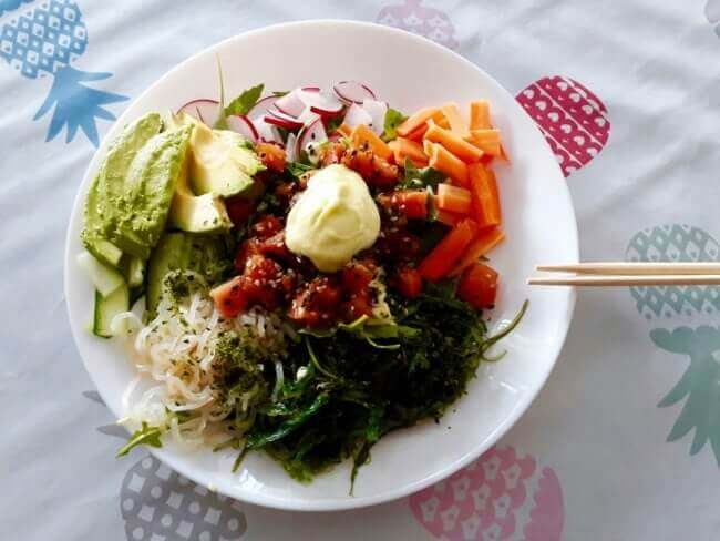 Simoneskitchen - Poké bowl - gezonde comfort food + koolhydraatarm!