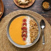 Kurkuma mango smoothie bowl | simoneskitchen.nl