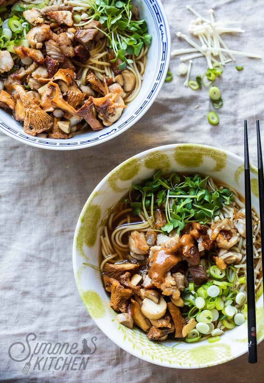 Ramen noodles met buikspek | simoneskitchen.nl